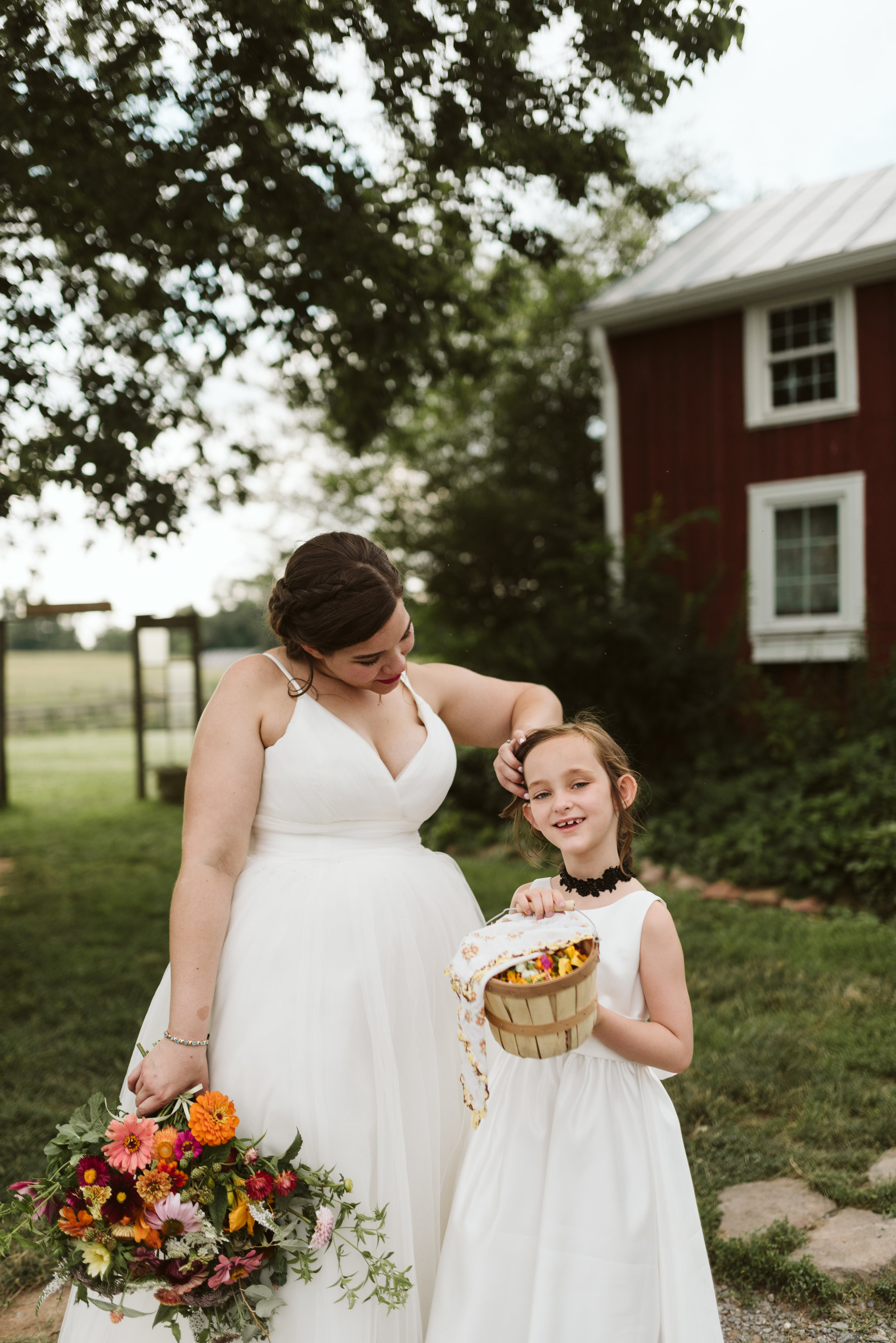 Rocklands Farm, Maryland, Intimate Wedding, Baltimore Wedding Photographer, Sungold Flower Co, Rustic, Romantic, Barn Wedding, Bride with Flower Girl Before Ceremony