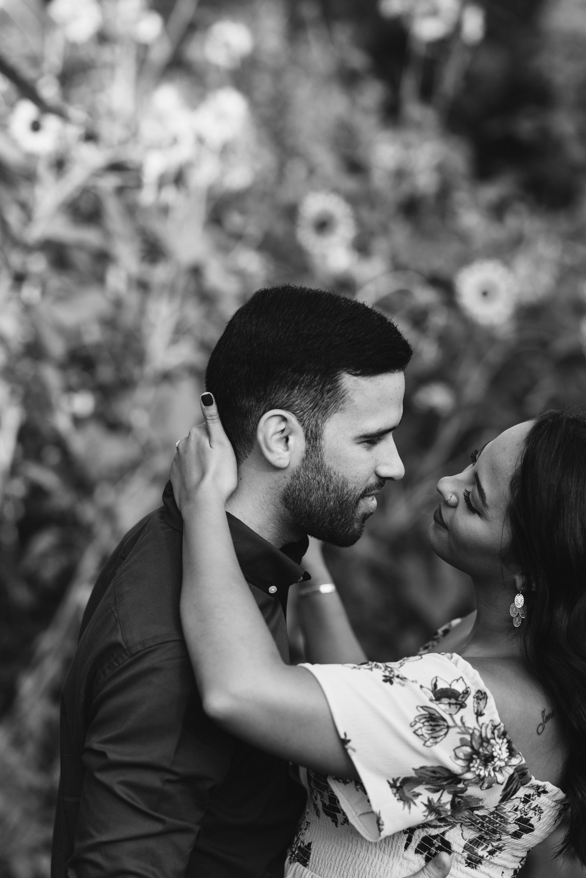 Frederick Maryland, Baltimore Wedding Photographer, Engagement, Bend in the River Farm, Outdoor, Rustic, Nature, Bride and groom Looking Into Each Others Eyes, Black and White Photo