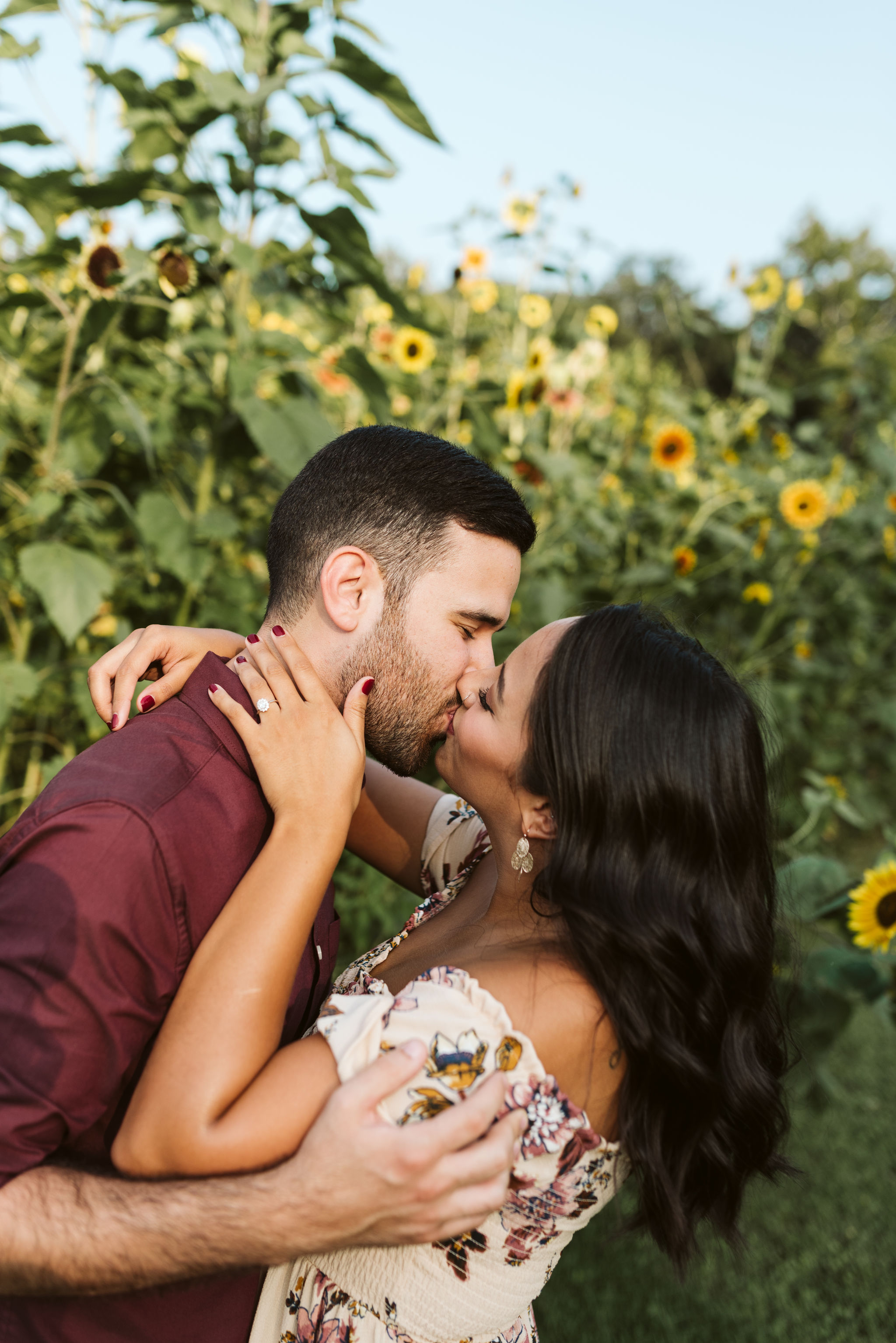 Frederick Maryland, Baltimore Wedding Photographer, Engagement, Bend in the River Farm, Outdoor, Rustic, Nature, Bride and Groom Kissing in Field of Sunflowers, Engagement Ring
