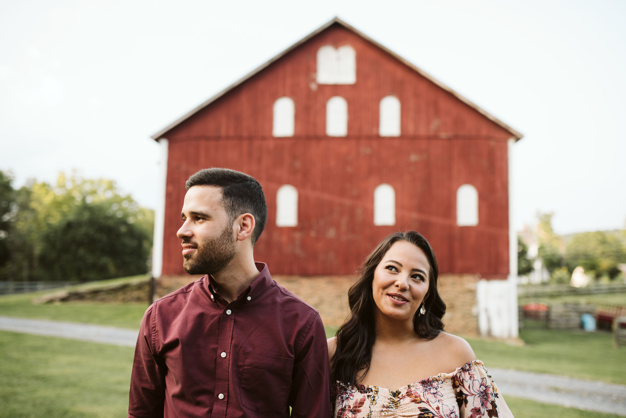 Frederick Maryland, Baltimore Wedding Photographer, Engagement, Bend in the River Farm, Outdoor, Rustic, Nature, Sweet Photo of Bride and Groom in Front of Barn