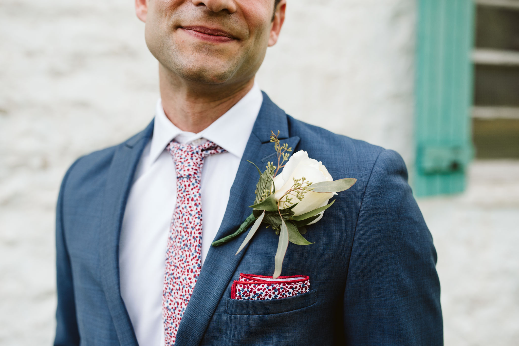 Phoenix Maryland, Baltimore Wedding Photographer, Eagle's Nest Country Club, Classic, Romantic, White Boutonniere, Knotty Tie Pocketsquare