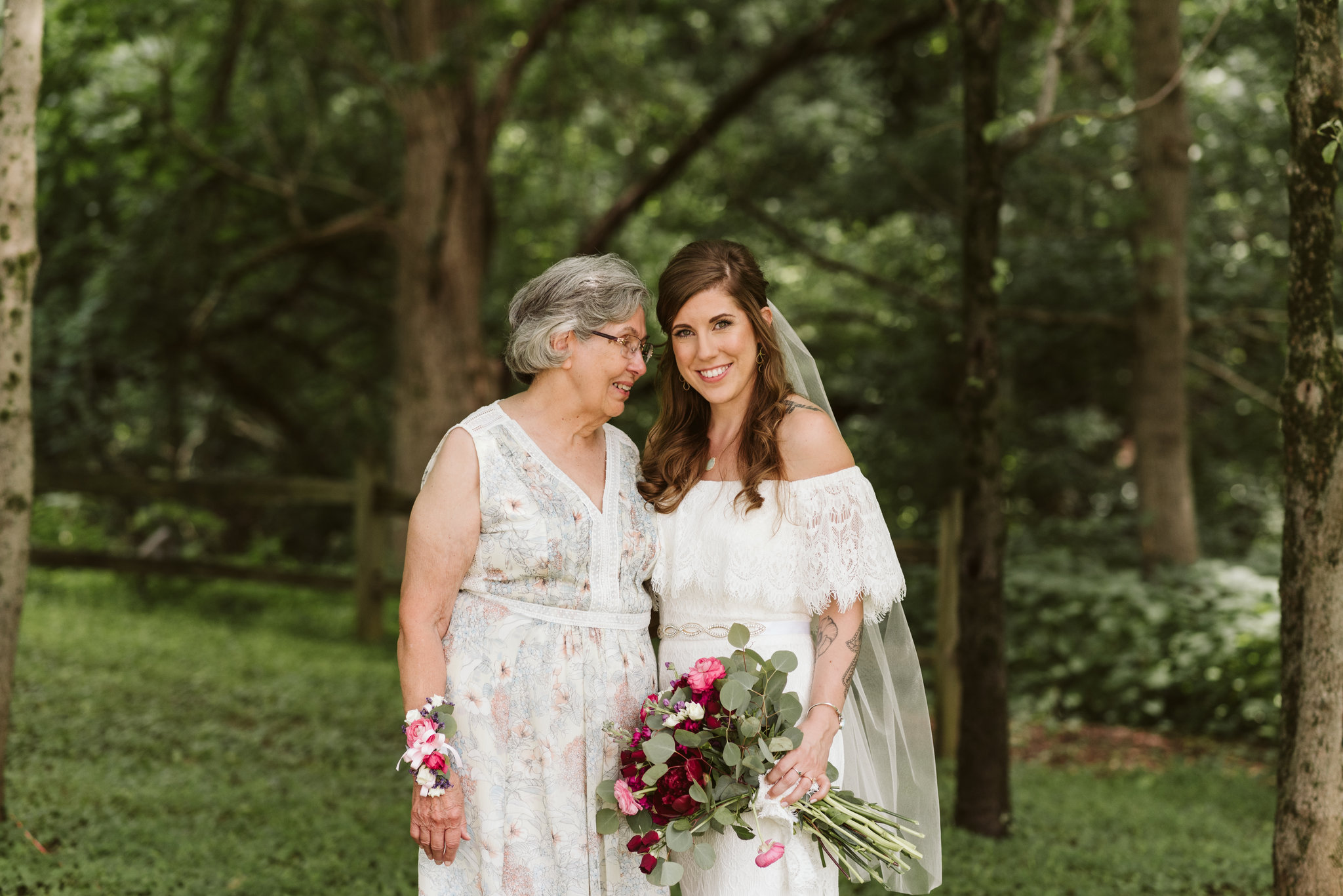 Annapolis, Quaker Wedding, Maryland Wedding Photographer, Intimate, Small Wedding, Vintage, DIY, Bride with Mother of the Bride, Portrait