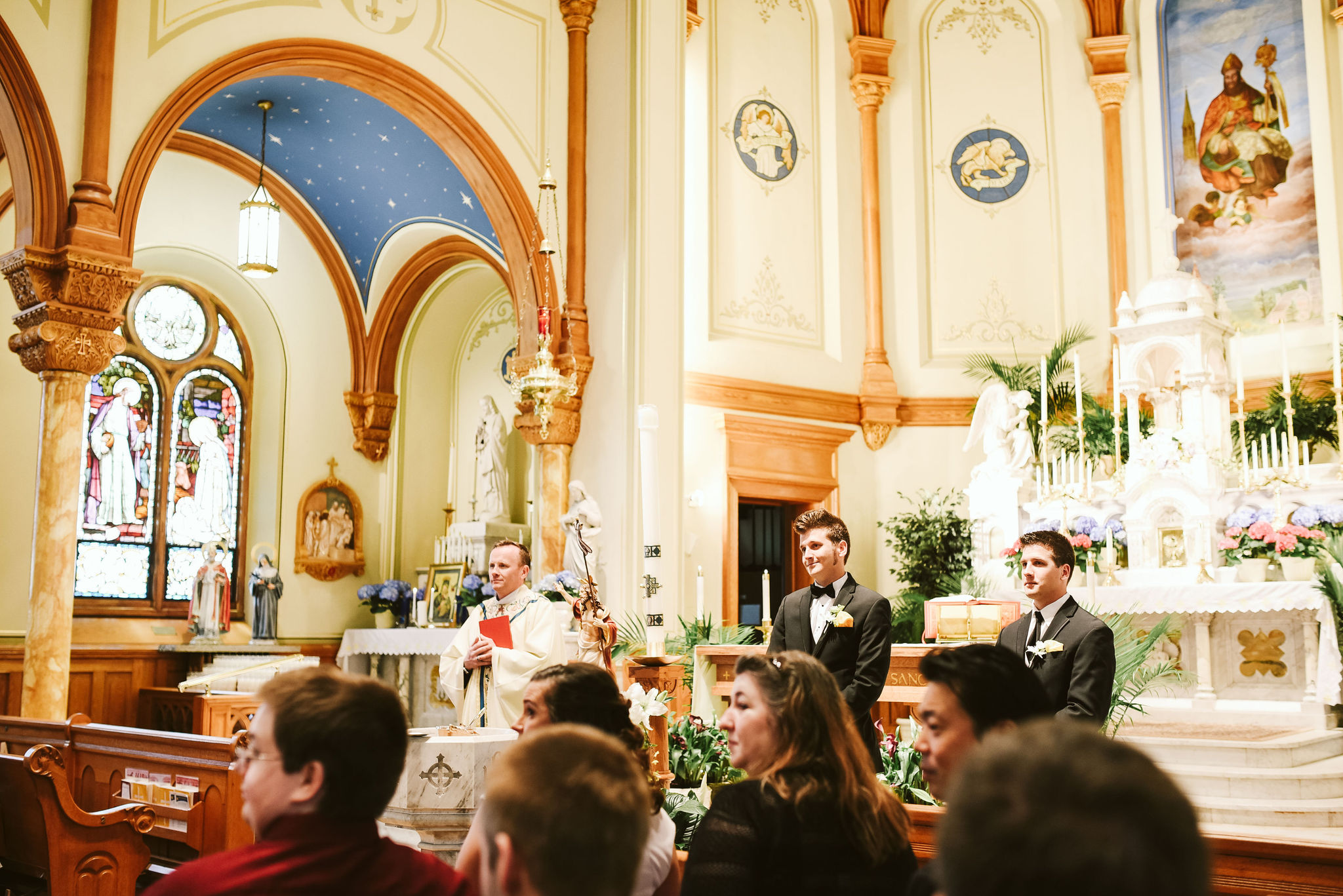 Baltimore, Church Wedding, Maryland Wedding Photographer, Vintage, Classic, Groom Waiting at Altar, Guests Looking at Bride