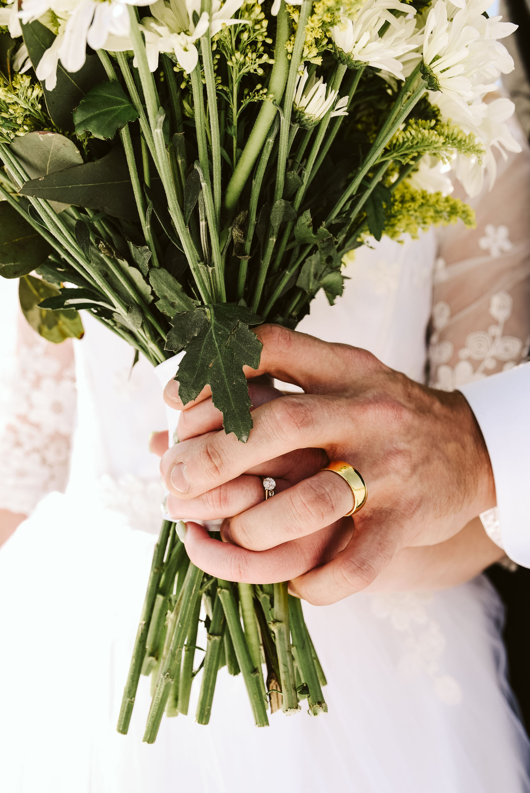 Baltimore, Church Wedding, Maryland Wedding Photographer, Vintage, Classic, 50s Style, Bride and Groom Holding Hands, Closeup of Rings, Detail Photo, Bride and Groom Holding Bouquet, White Daisies