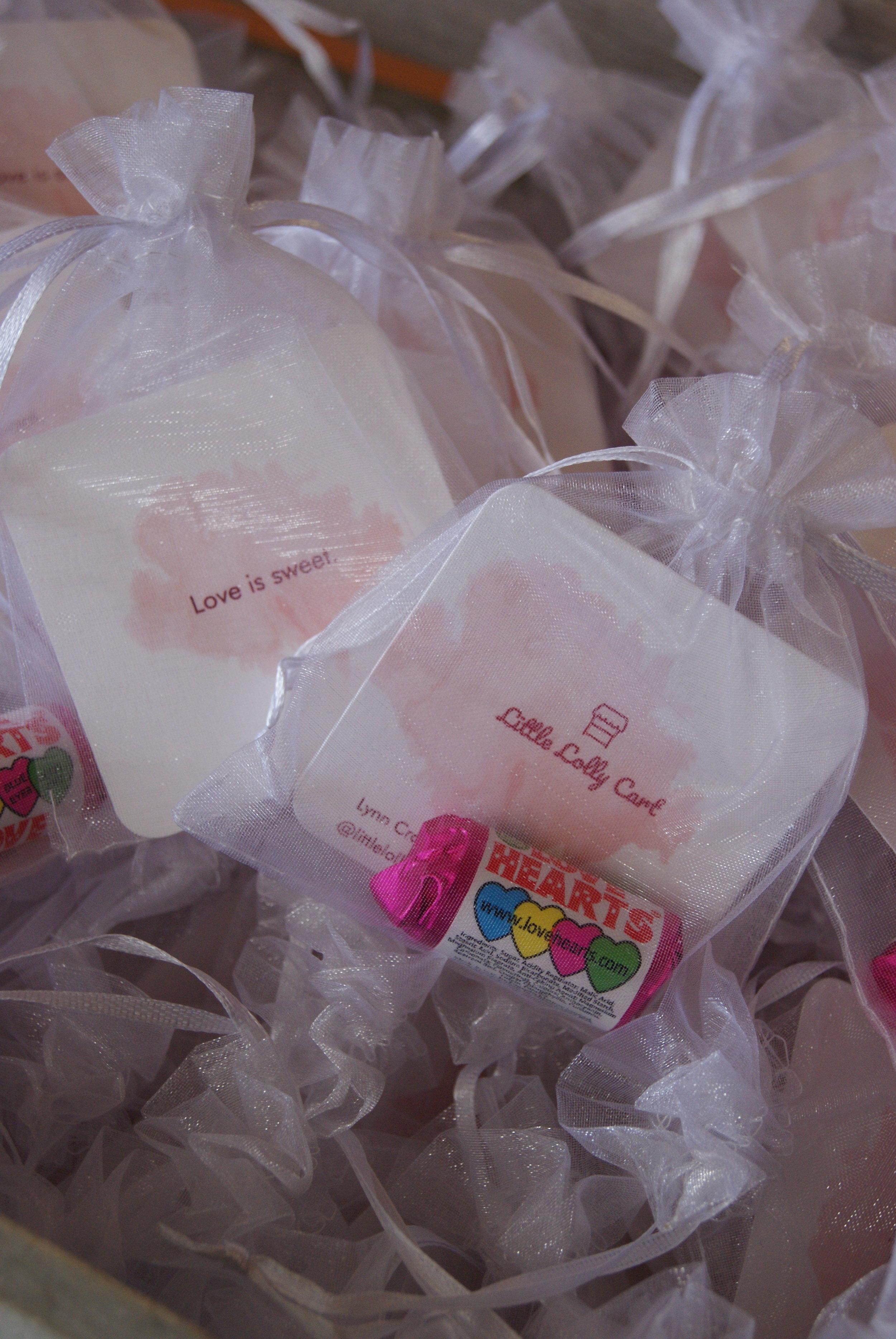 Wedding_expo_handout_bags.JPG