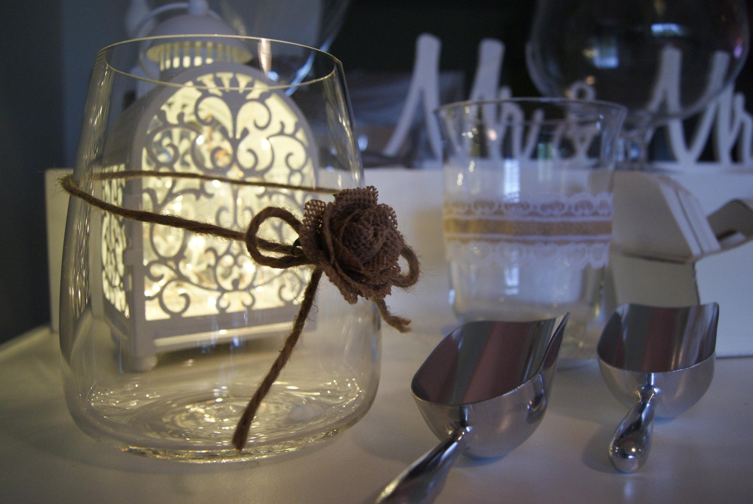 Empty_Lolly_Jar_Wedding_Setup.JPG