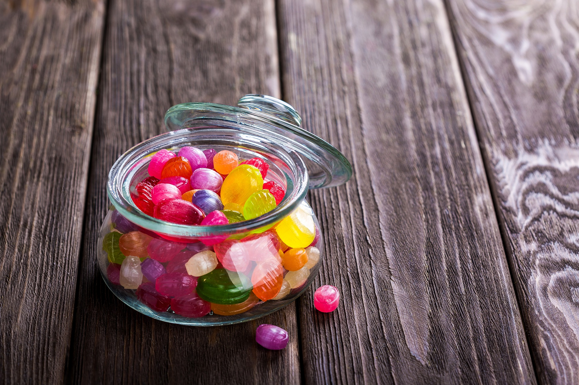 random_candy_jar.jpg