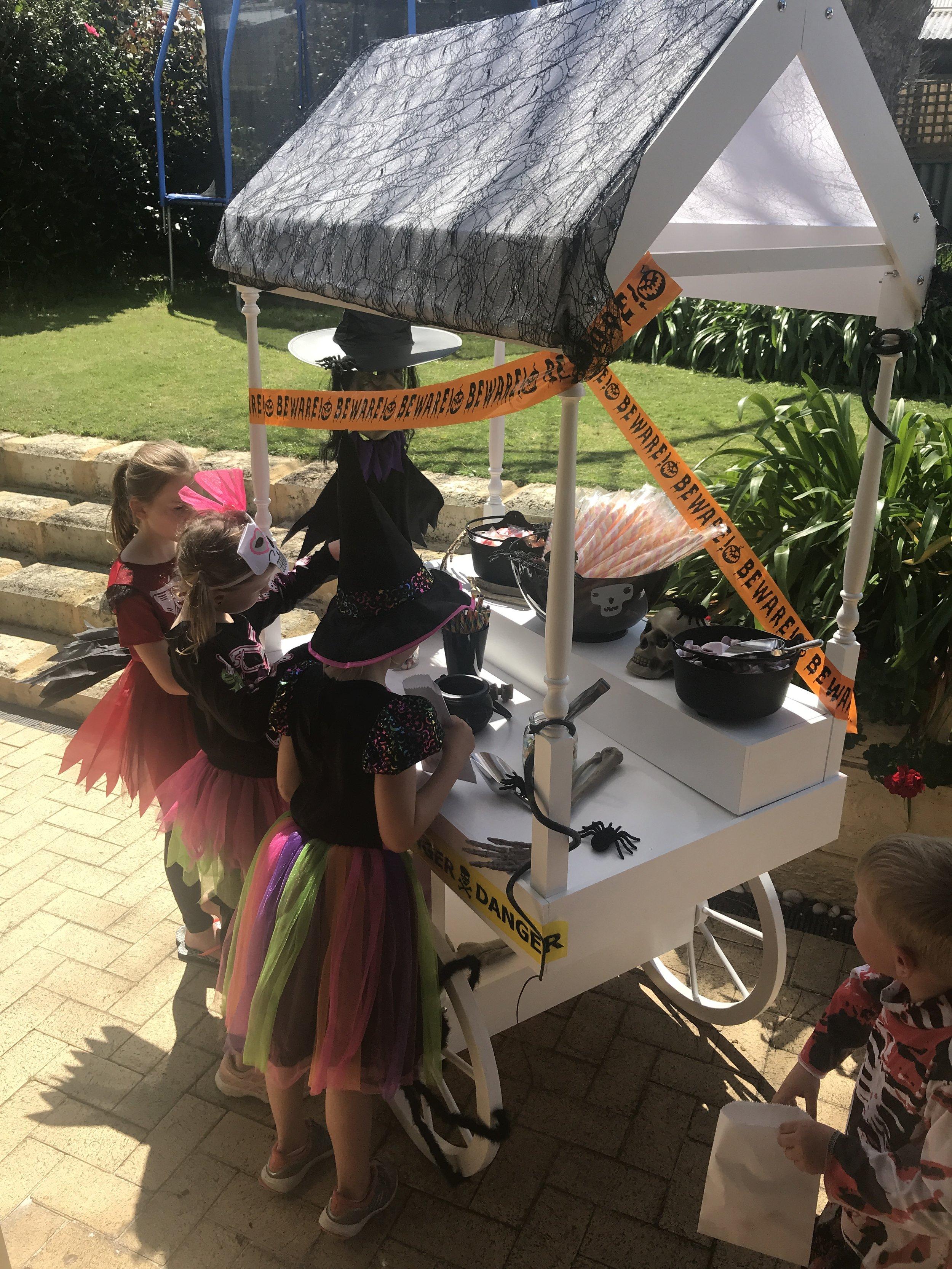 halloween-candy-cart-little-lolly-cart-perth-7