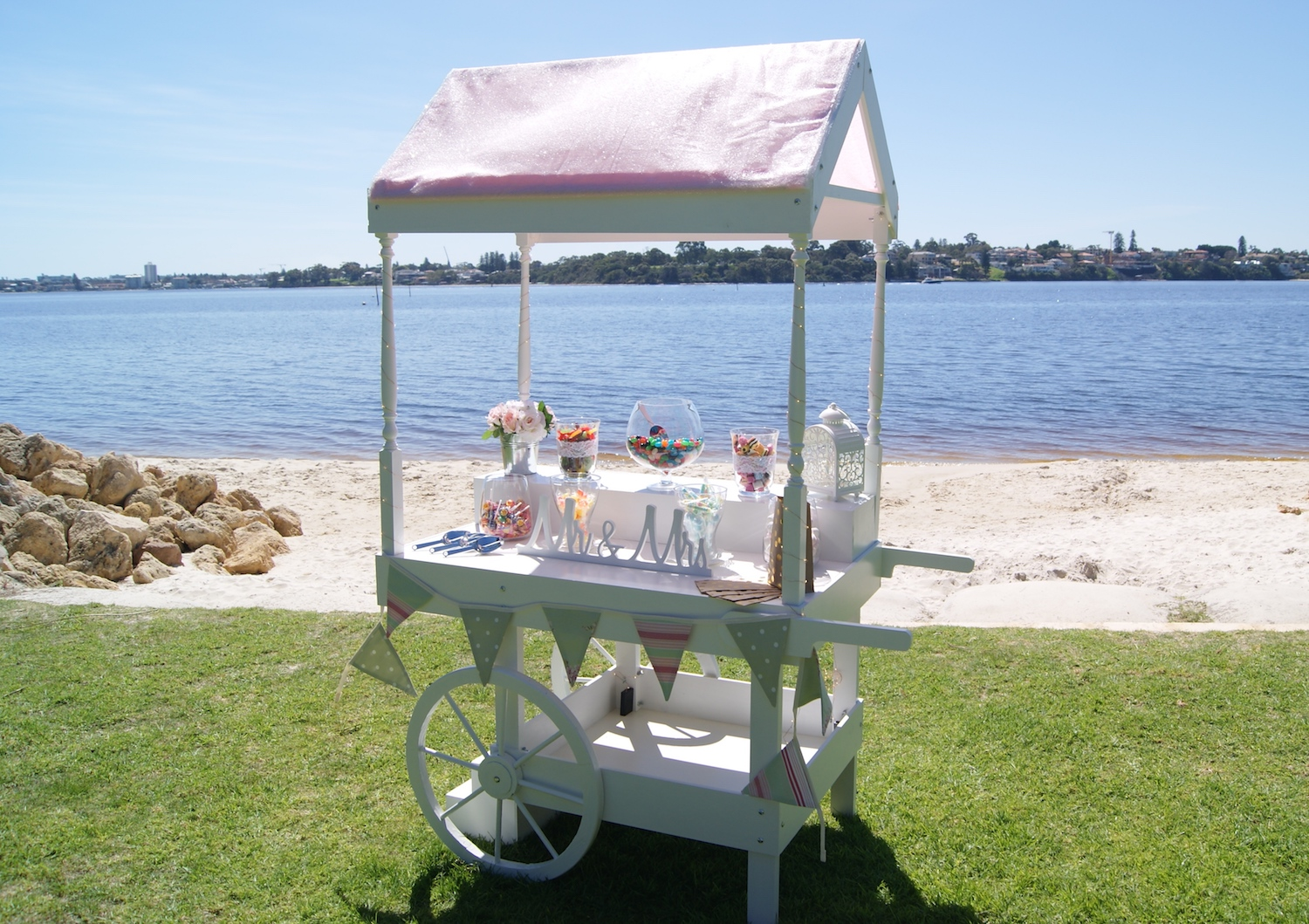 Wedding_PW_Right_Full Distance_Little Lolly Cart copy.JPG