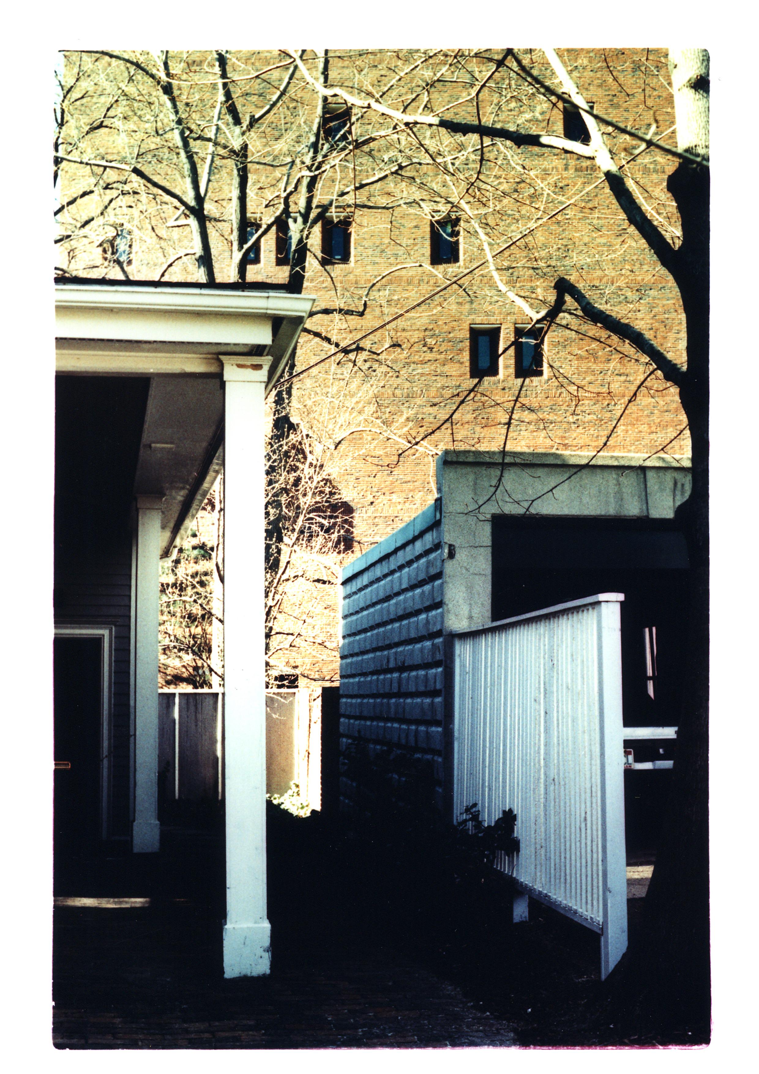 USA takken garage.jpg
