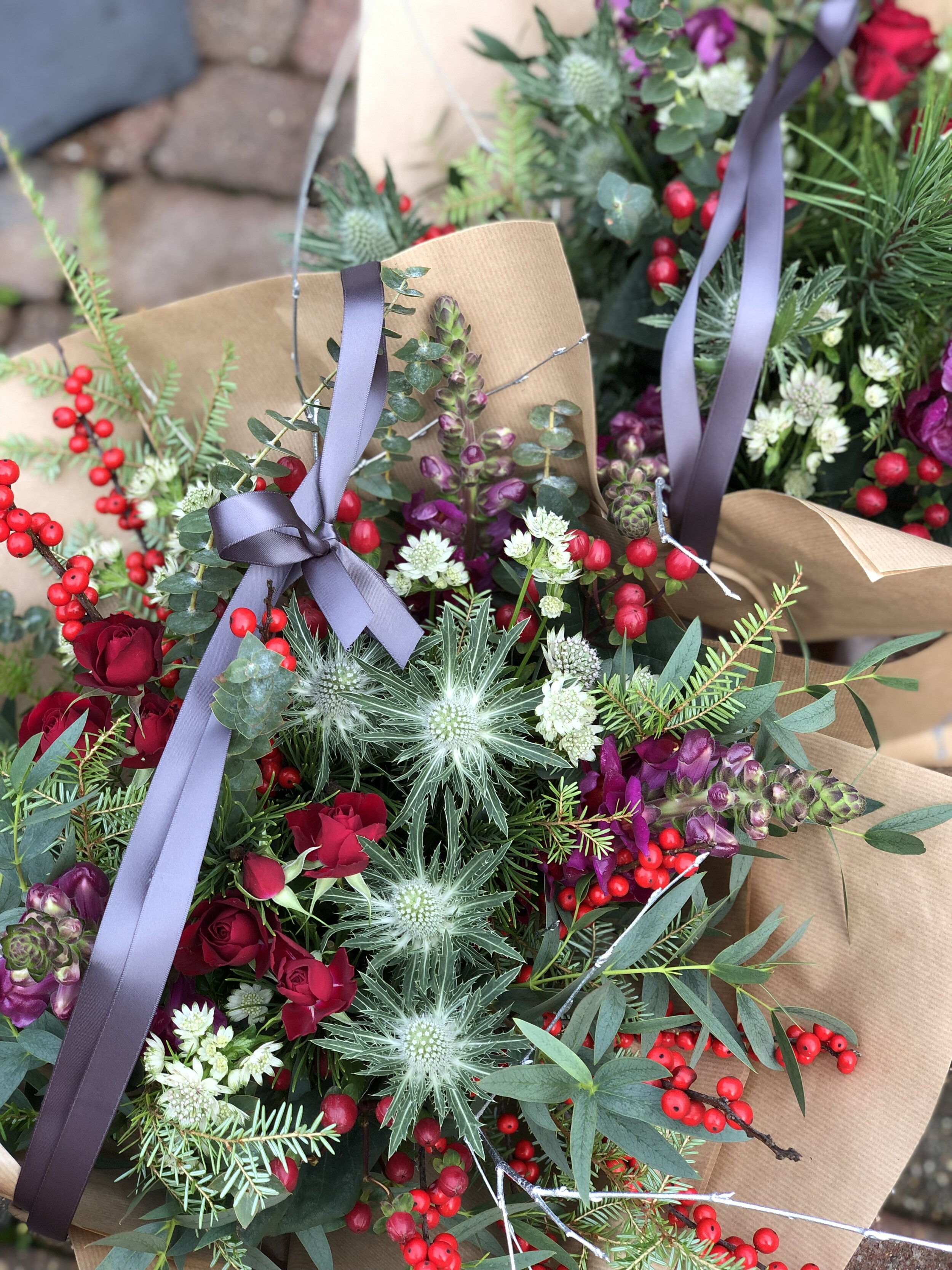 Christmas flowers - Festive gift bouquets and table arrangements for Christmas 2019. Available for pre-order, ready for collection or delivery (in Eastbourne) from Saturday 21st December until Christmas Eve morning.