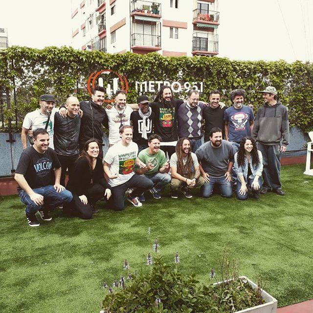 Así pasamos por primera vez por @bastatodo... Las sonrisas seguramente prometen una segunda vuelta ...Gracias @bastatodo
