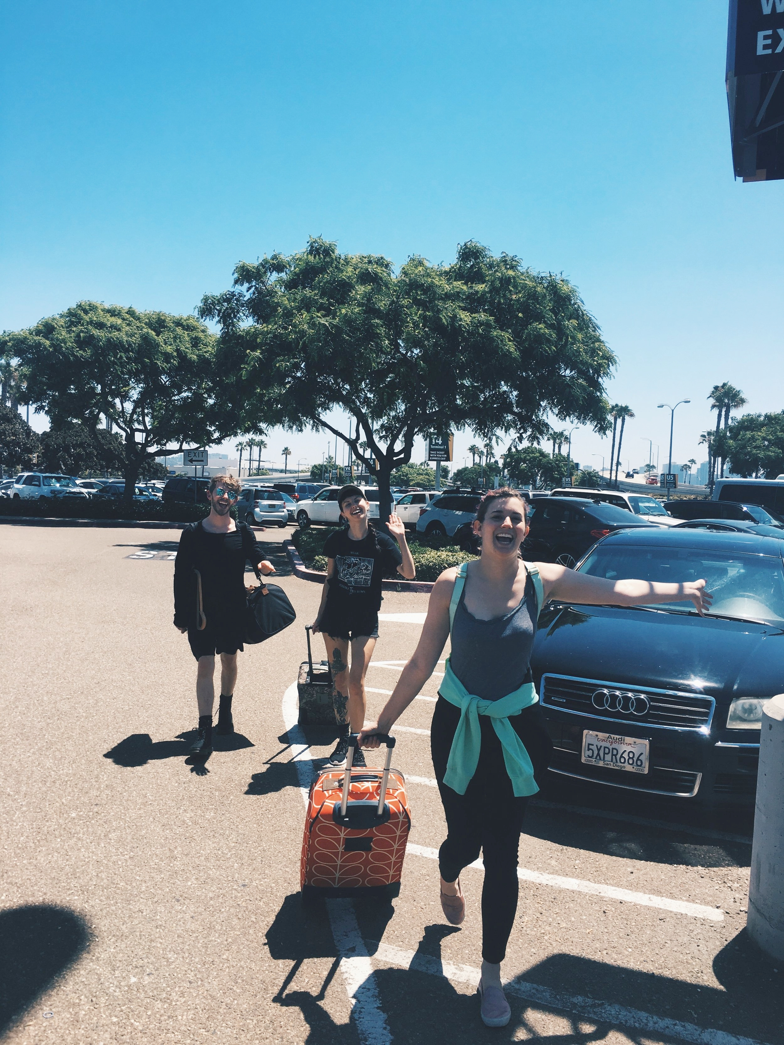 Arriving at the San Diego International Airport! Photo :  @    grace_mae_h