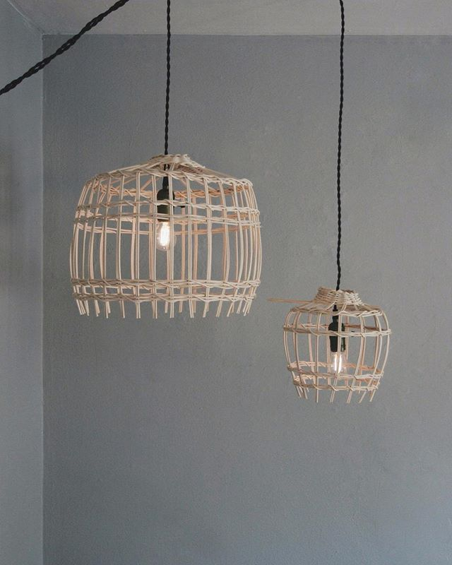 My first go at weaving an open basket for these pendant light fixtures.  The wood reeds had to be soaked in water for an hour to become flexible enough to take on a new shape and structure, loved the process.  I imagine sitting on a porch in the evenings this summer while weaving up a bunch to sell on the shop.  Definitely a #summergoal✨🗑✨@morning_portal
