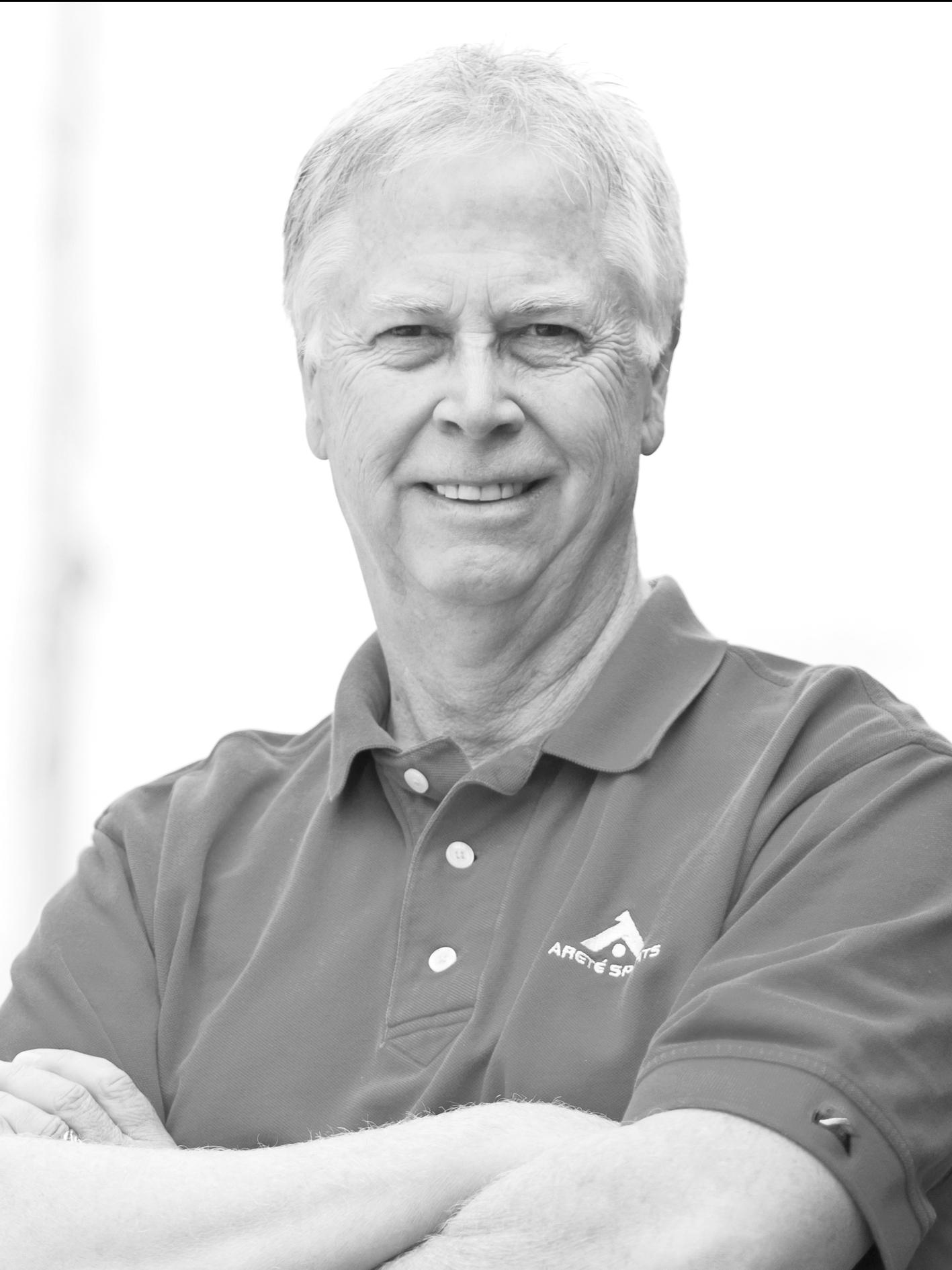Scott  zählt mit seiner 40-jährigen Erfahrung als Profi-Athlet und als Tennis-Coach im Spitzensport zu den internationalen Experten für flow und Persönlichkeitsentwicklung. Der  Parallele Modus  ist nur einer seiner bahnbrechenden Beiträge zur flow-Praxis. Scott ist ein humorvoller Austauschpartner,  Autor  mehrerer Bücher, Mitbegründer der  Sports, Energy, and Consciousness Group  und vermittelt seine Techniken auch Performance-Profis wie den Navy SEALS.