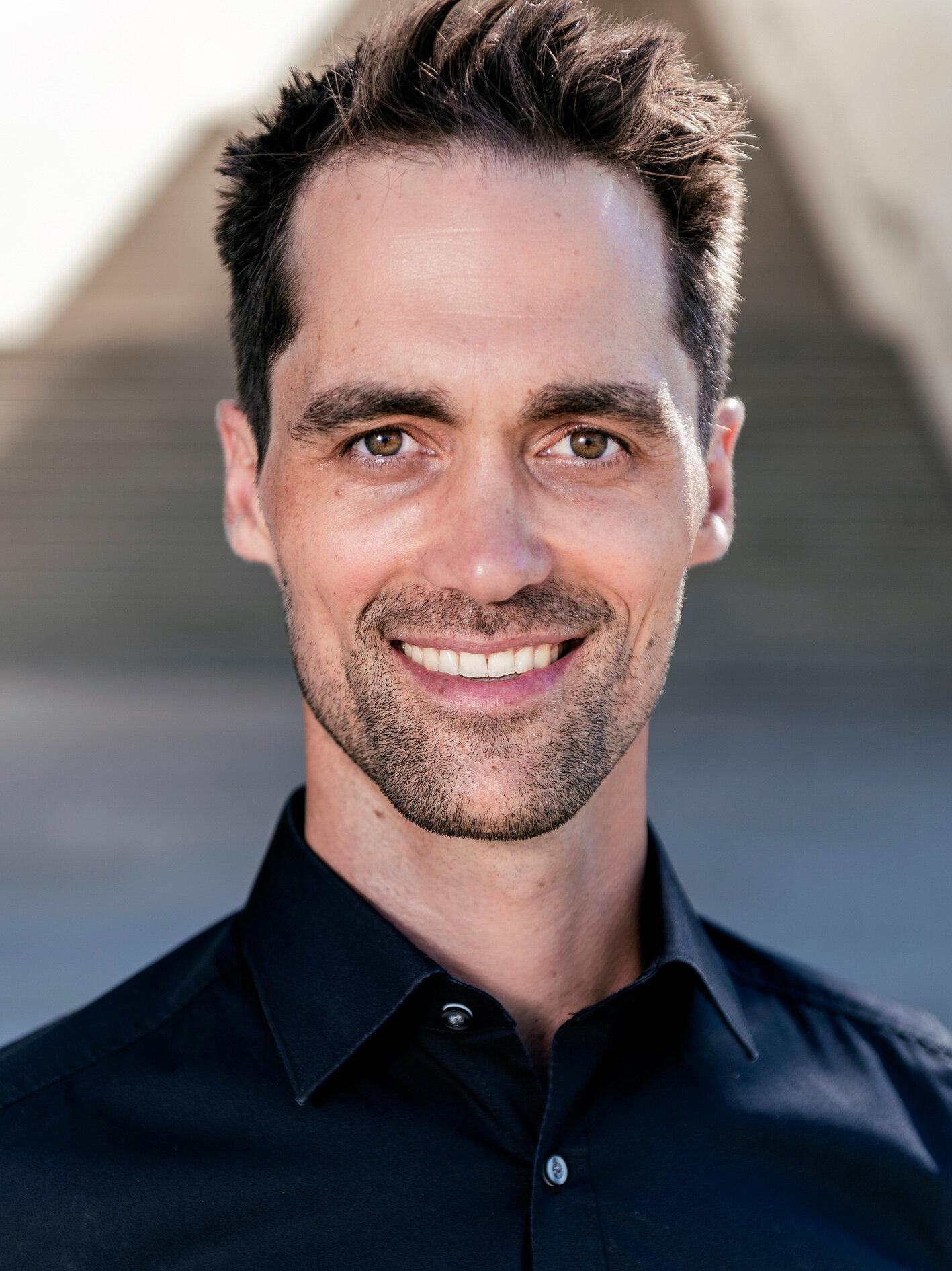 Dr. Simon Sirch_flow in concept_Coach_by Jan Weckelmann