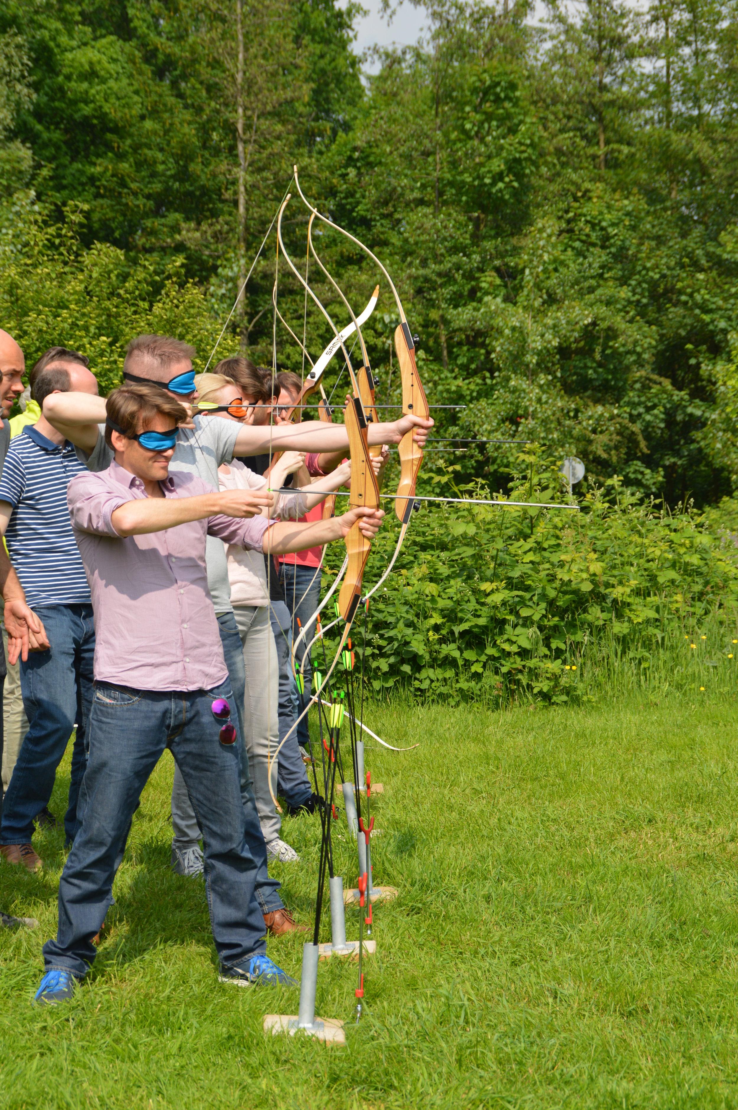 Blind Boogschieten. Workshop boogschieten BuitenBusiness (4).jpg