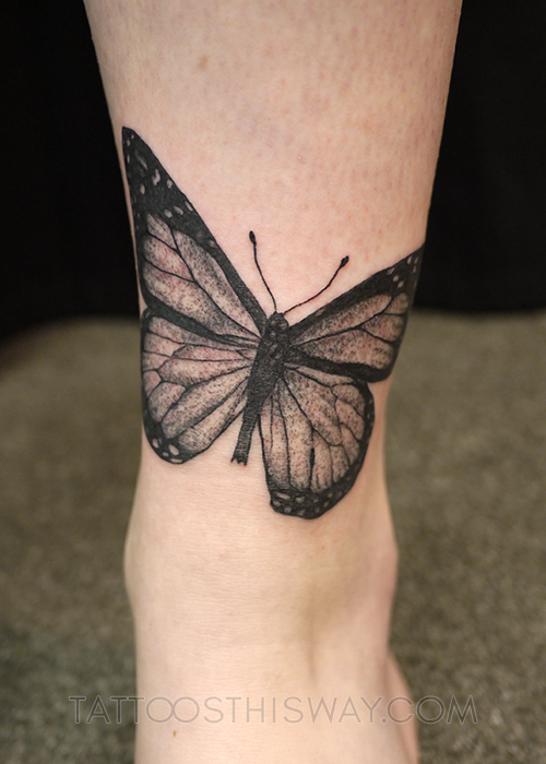 tattoos this way blackwork P1020764 copy.jpg
