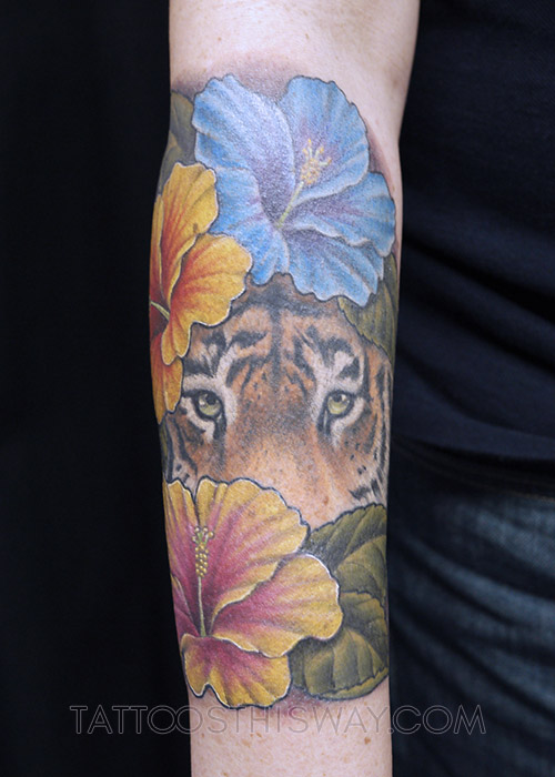 Tattoos this way colour tattoo P1040376 copy.jpg