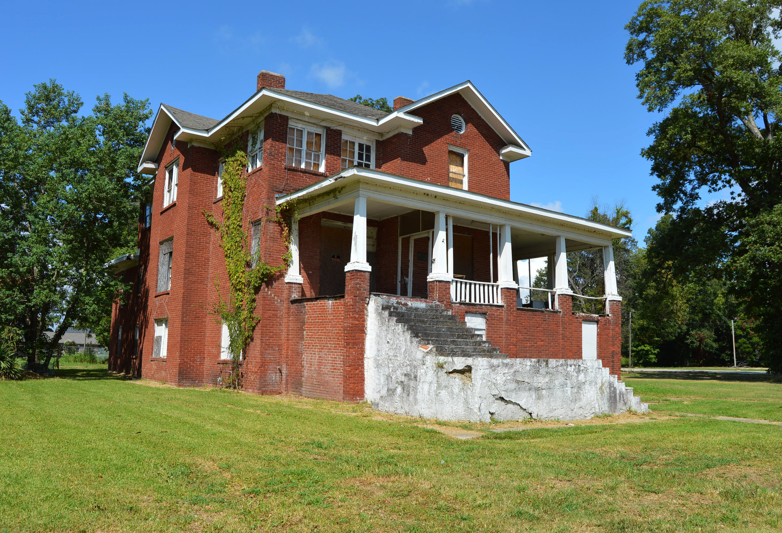 Knights and Daughters of Tabor - Isaiah T. Montgomery House - Mound Bayou, MS