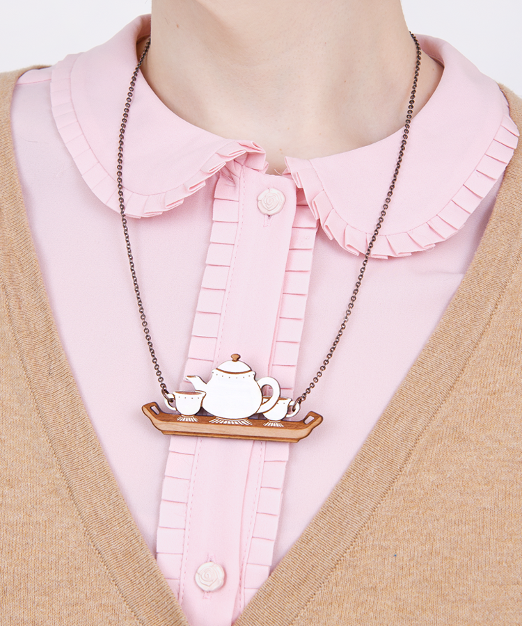 Tea for Two necklace full.png