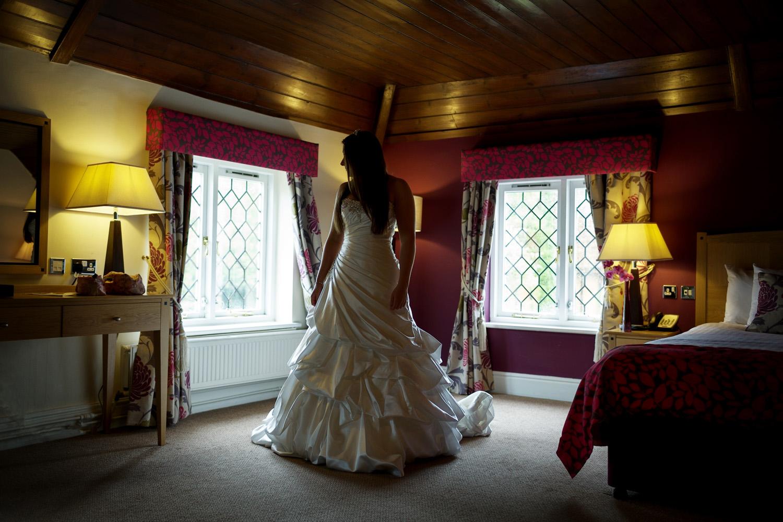 Barns_Hotel_Wedding_Photographer_Bedford_006.jpg