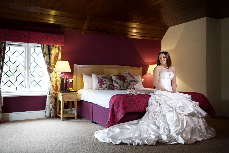 Barns_Hotel_Wedding_Photographer_Bedford_007.jpg