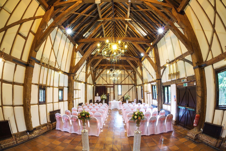 Barns_Hotel_Wedding_Photographer_Bedford_021.jpg