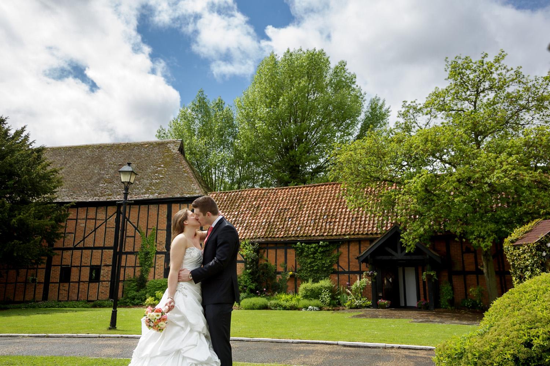 Barns_Hotel_Wedding_Photographer_Bedford_025.jpg
