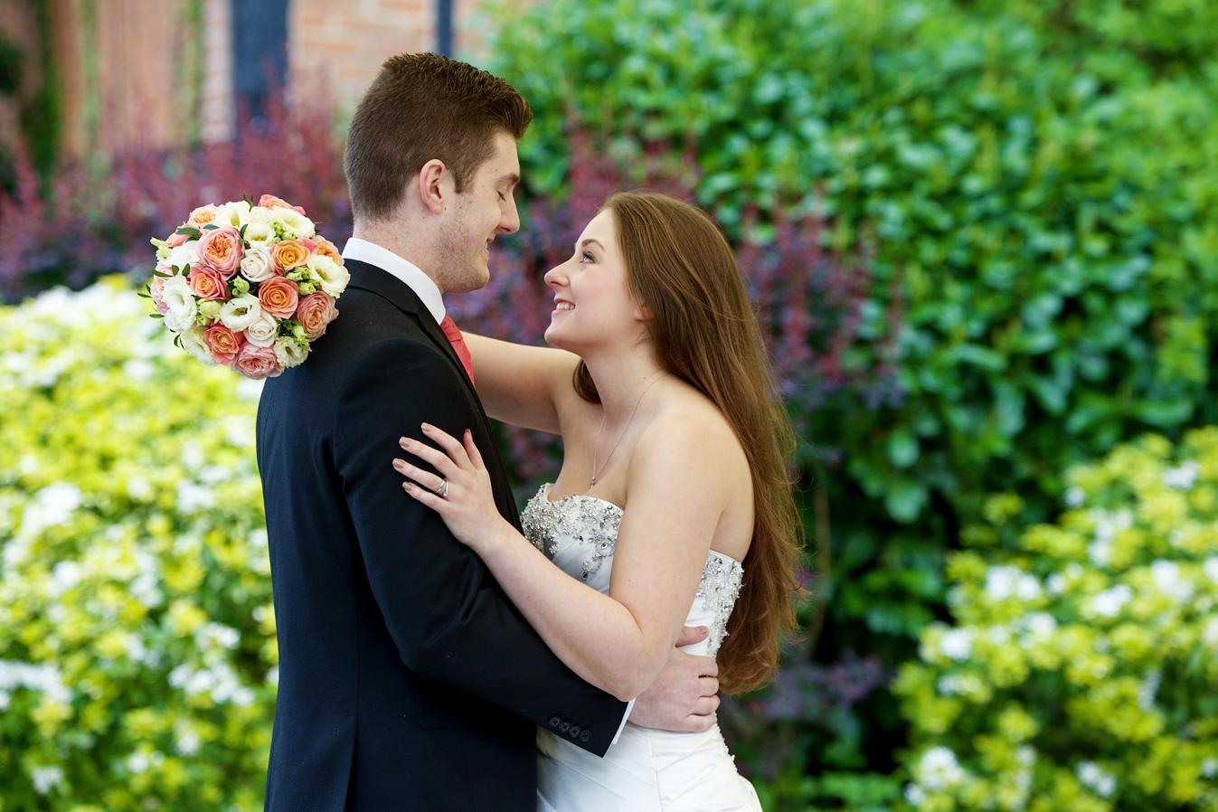 Barns_Hotel_Wedding_Photographer_Bedford_009.jpg