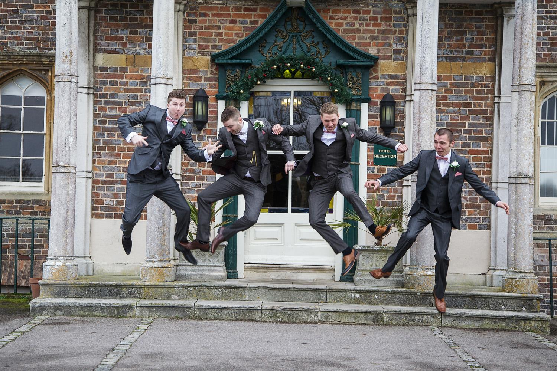 Donnington_Grove_Wedding_Photographer_Newbury_009.jpg