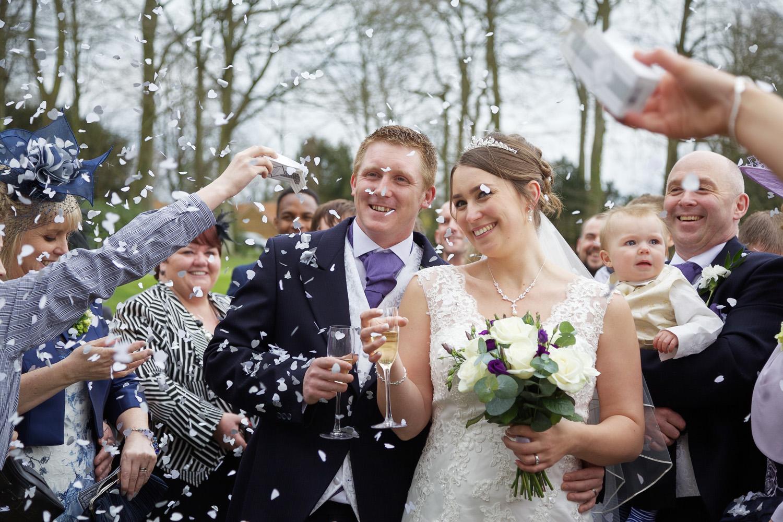 Donnington_Grove_Wedding_Photographer_Newbury_023.jpg