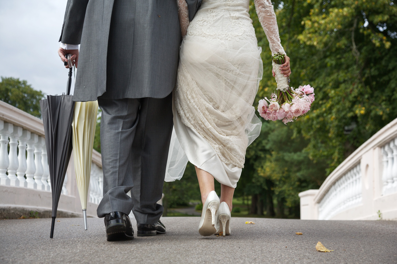 Donnington_Grove_Wedding_Photographer_Newbury_032.jpg