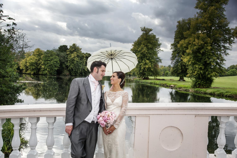 Donnington_Grove_Wedding_Photographer_Newbury_031.jpg