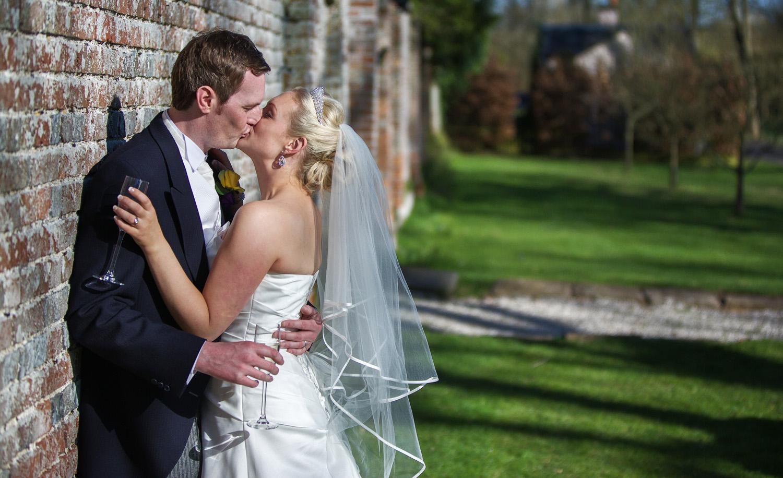 Donnington_Grove_Wedding_Photographer_Newbury_055.jpg