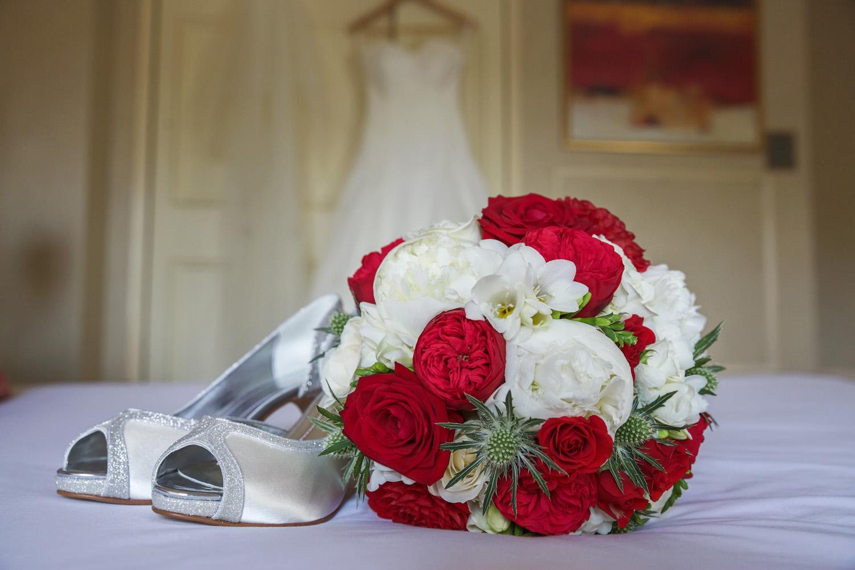 Donnington_Valley_Hotel_Wedding_Photographer_Newbury_Berkshire_002.jpg