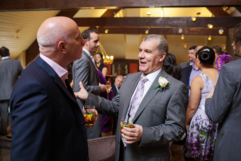 Donnington_Valley_Hotel_Wedding_Photographer_Newbury_Berkshire_020.jpg