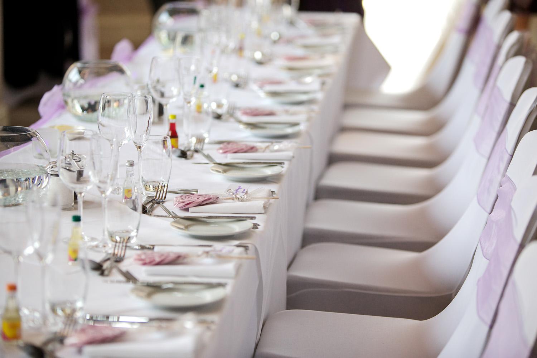 Donnington_Valley_Hotel_Wedding_Photographer_Newbury_Berkshire_026.jpg