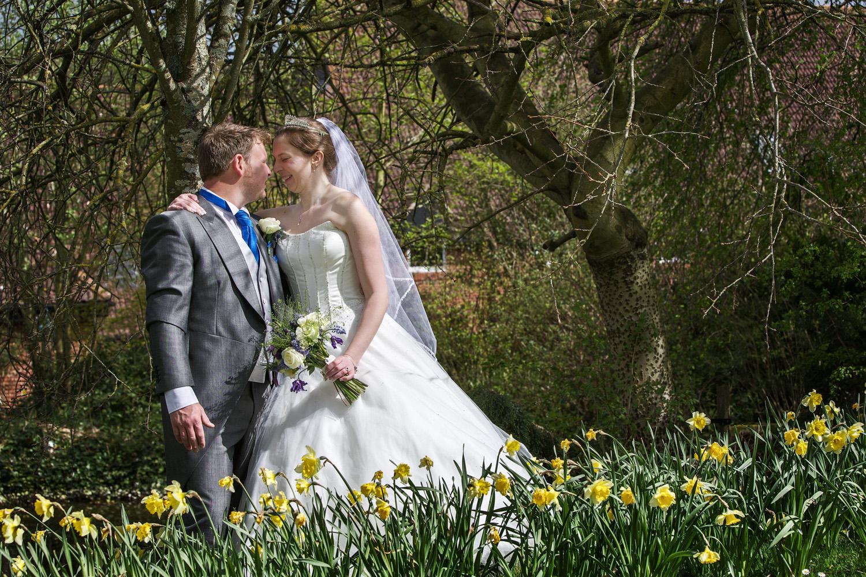 Donnington_Valley_Hotel_Wedding_Photographer_Newbury_Berkshire_030.jpg