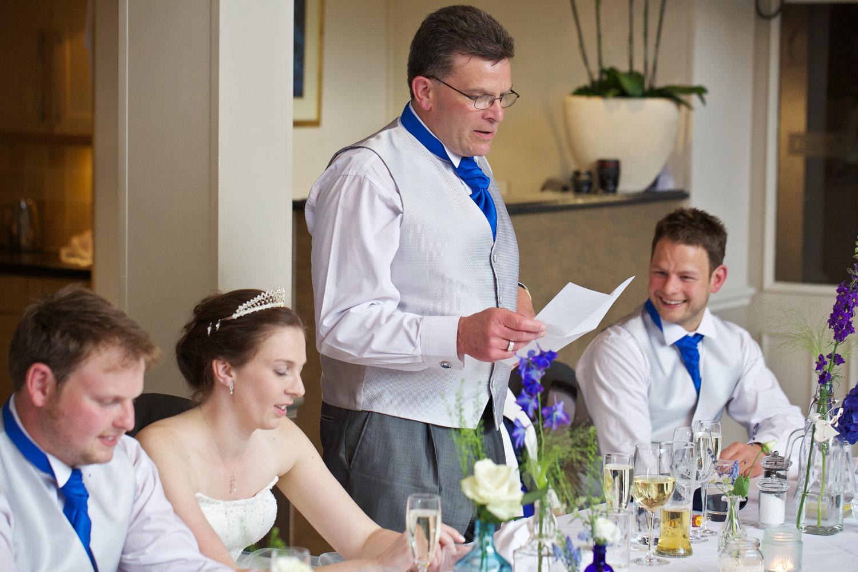 Donnington_Valley_Hotel_Wedding_Photographer_Newbury_Berkshire_034.jpg
