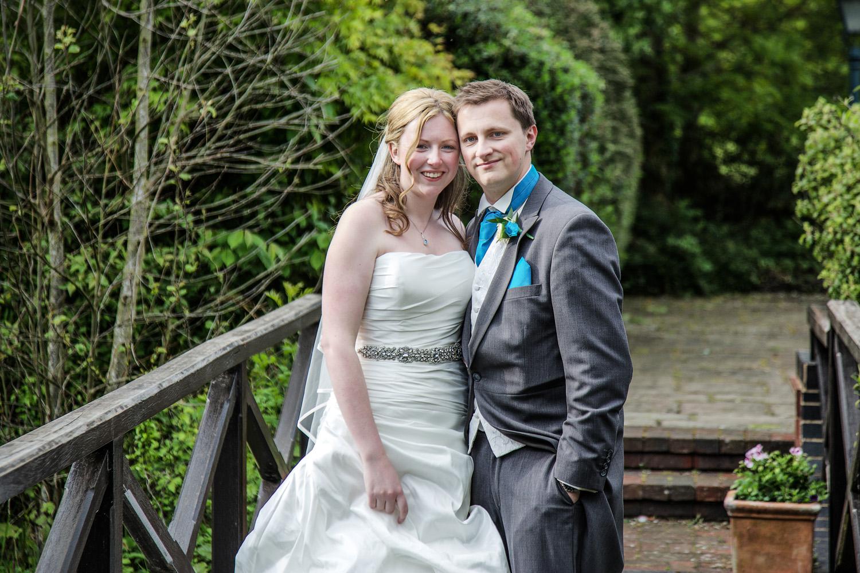 Donnington_Valley_Hotel_Wedding_Photographer_Newbury_Berkshire_040.jpg