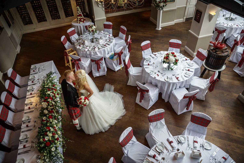 Donnington_Valley_Hotel_Wedding_Photographer_Newbury_Berkshire_046.jpg