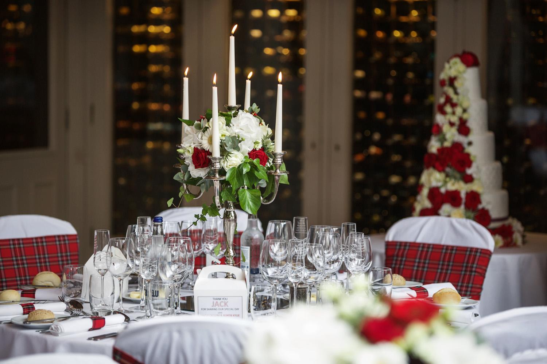 Donnington_Valley_Hotel_Wedding_Photographer_Newbury_Berkshire_048.jpg