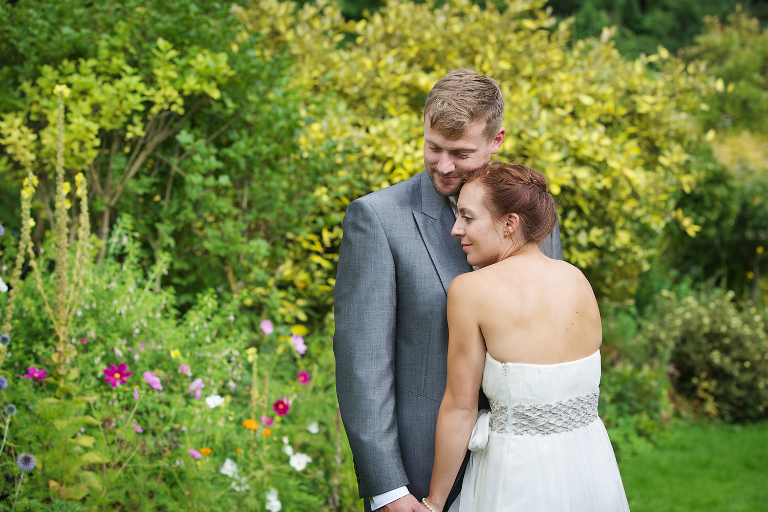Dumbleton Hall_Wedding_Photographer_Evesham_026.jpg