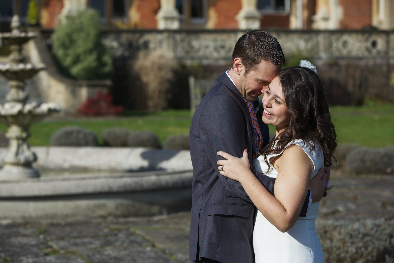 Easthampstead_Park_Wedding_Photographer_Bracknell_Berkshire_013.jpg