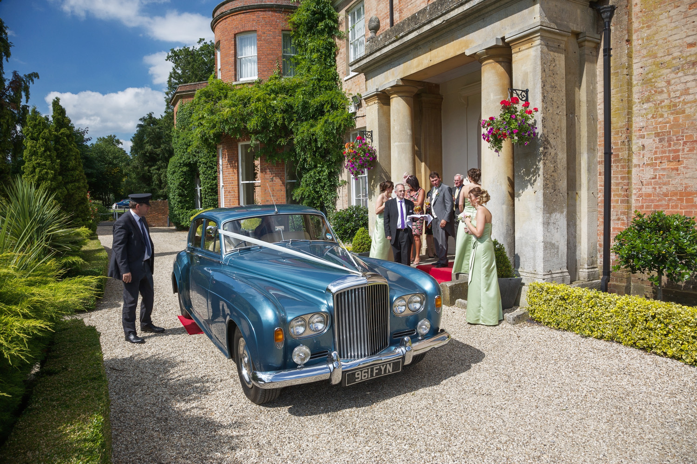 Elcot_Park_Wedding_Photographer_Newbury_Berkshire_005.jpg