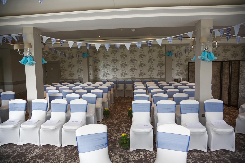 Elcot_Park_Wedding_Photographer_Newbury_Berkshire_012.jpg