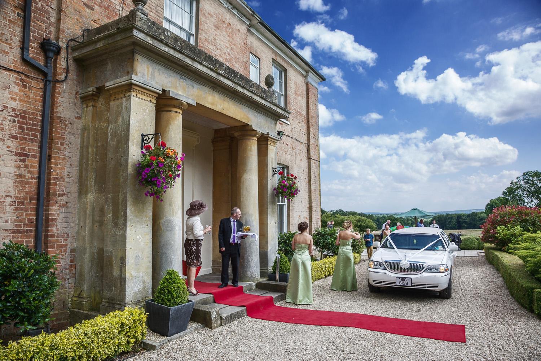 Elcot_Park_Wedding_Photographer_Newbury_Berkshire_021.jpg