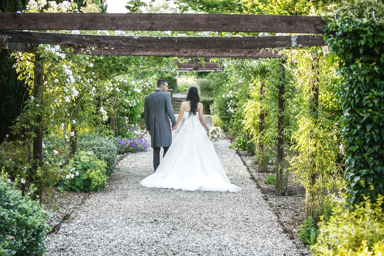 Elcot_Park_Wedding_Photographer_Newbury_Berkshire_035.jpg