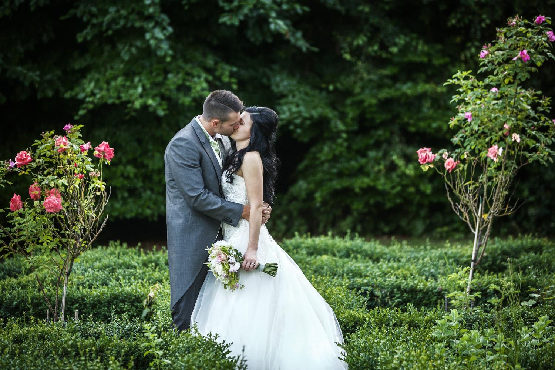 Elcot_Park_Wedding_Photographer_Newbury_Berkshire_036.jpg
